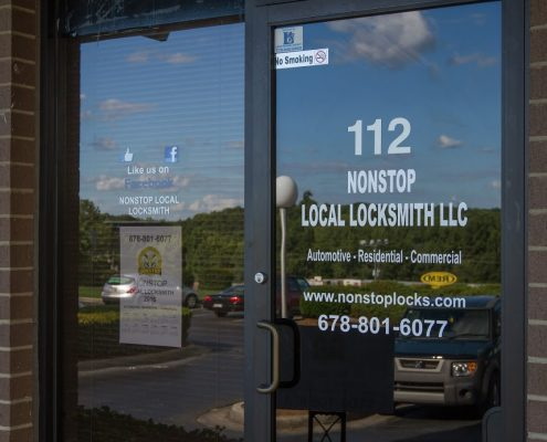 nonstoplocallocksmith store front